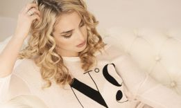 How to Perm Your Own Hair: 6 Simple Ways