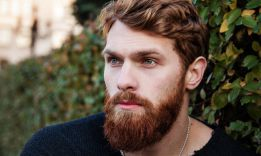 How to Grow a Full Beard: Stages and Tips