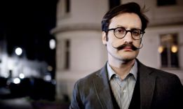 How to Trim a Mustache: 7 important stages + 5 tips