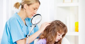 how-to-check-your-own-head-for-lice